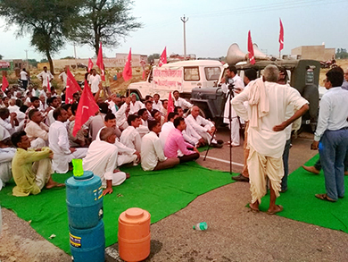 Rajasthan Farmers agitation [Click and drag to move] 