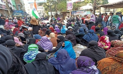 10 Feb 2020, Women in Kanpur demonstrating against police laathi charge on their anti-CAA peaceful demonstration