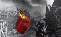 soviet_flag_at_reichstag