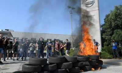 Nissan workers protest outside Barcelona factory May 28 2020