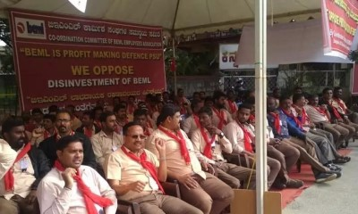 400_201910_BEML_Employees_Protest