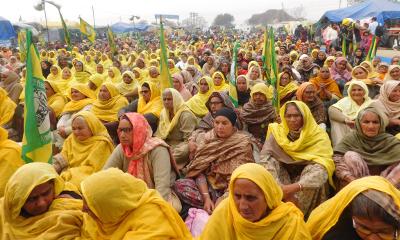 Women participants at dharna in Tikri Border