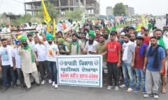 Sugarcane_farmers_blockade