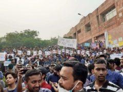 JNU Students protest against fee hike